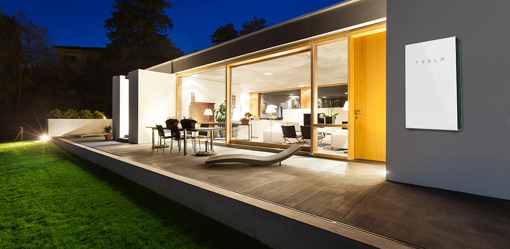 Modern house with Tesla night scene Resized72DPI 1024x500 - Tesla Powerwall 2